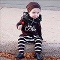Горячие Продажа Осенняя Мода Baby Boy Одежда Baby Girl Одежда Для Новорожденных хлопка С Длинным Рукавом Письмо Футболка + Брюки 2 Шт. Наборы