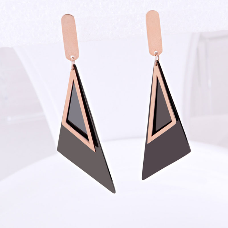 High Quality Brand Design Square Triangle Titanium Steel Earrings Black Piece Long Pendant Triangle Earring hypoallergenic Woman