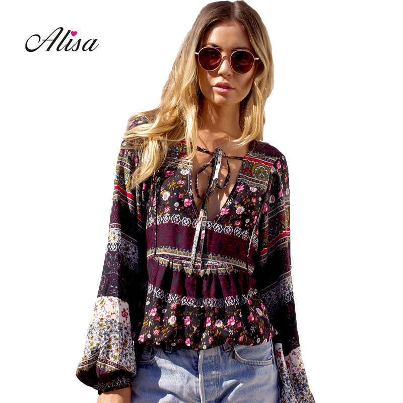 New Women Boho Style T Shirt 2018 Spring Summer Sexy V-neck Tee Shirts Female Casual Loose Vintage Printed Floral Ladies Tops