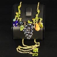 Fashion New Les Nereides Elegant Grapes Furit Leaves Pendant Necklace Enamel Glaze High Quality Female Jewelry