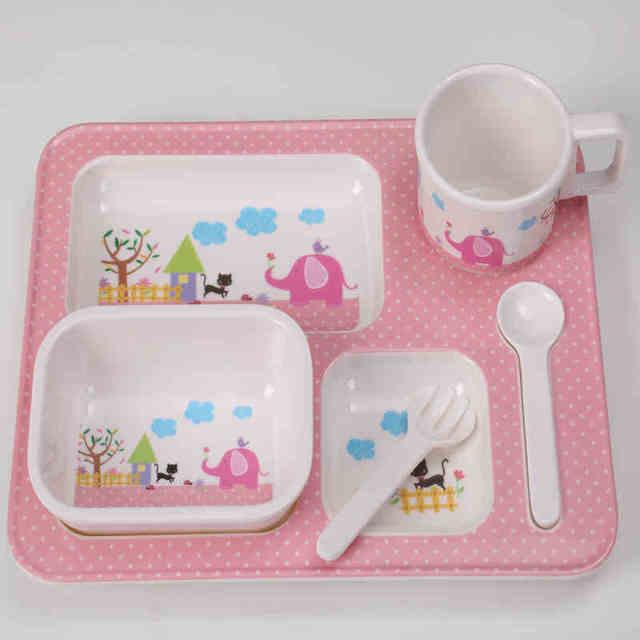 Cartoon Pattern 4pcs Luxury Gift Box Children Tableware Set Plate / Spoon / Fork / Bowl Animal Baby Dinnerware Feeding Sets