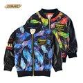 Otoño niños chaquetas de la PU nueva moda para niños ropa niños ropa de bebé ropa de abrigo y abrigos muchacho fresco patrón de la pluma niños chaqueta de abrigo