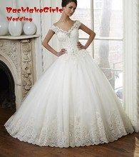 Vintage Lace Ball Gown Wedding Dresses 2017 Custom made New Off Shoulder Beaded Bridal Dresses Sweep Train Crystal Wedding Gowns