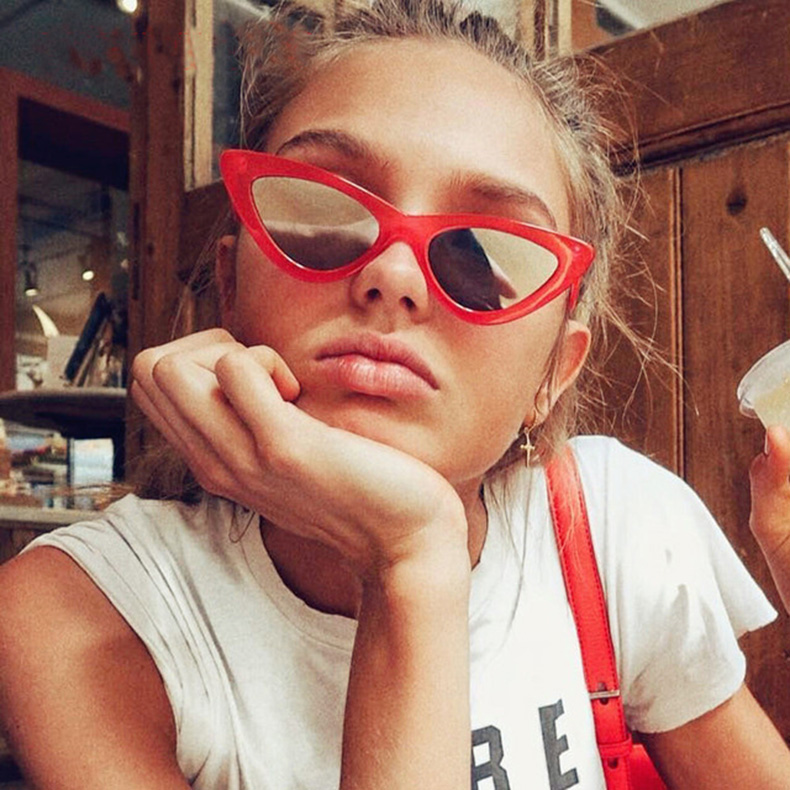 23f6711b0d GOOD WIN 2018 Supreme Sexy Cat Eye Sunglasses Red Mirror Cute Triangle 90s  Sun Glasses Women Hot Cheap Lentes de mujer
