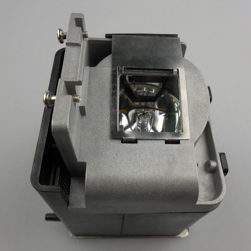 VLT-XD600LP / 499B056O10  Replacement Projector Lamp with Housing  for  MITSUBISHI XD600U / FD630U / WD620U / XD600U-G vlt xd600lp original projector lamp with housing for projector fd630u fd630u g wd620u xd600u