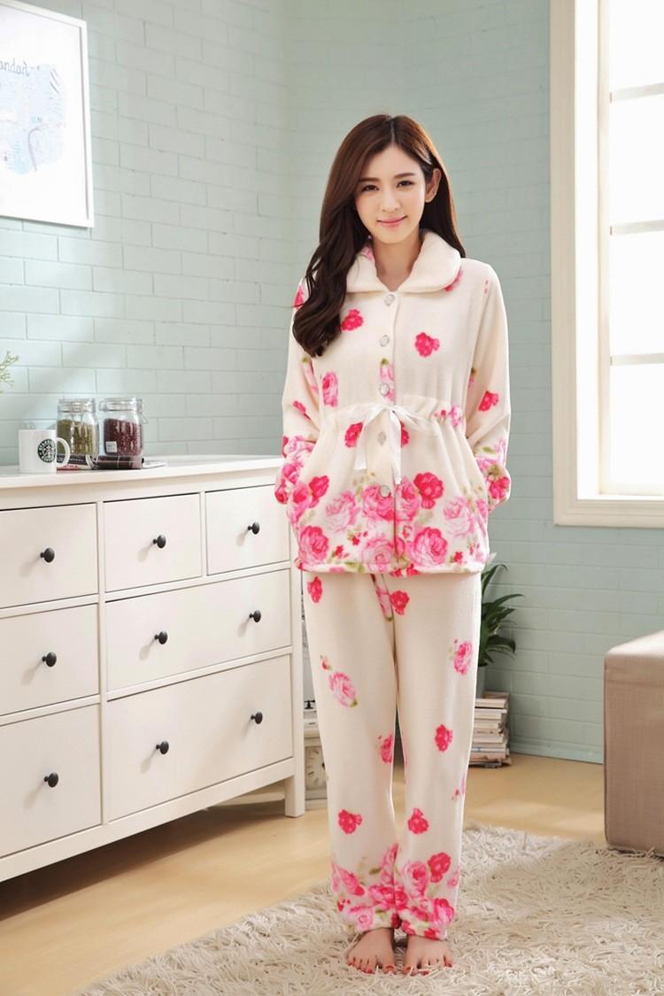 94b97c1e87 New 2018 pijama fashion warm flannel winter pajamas thick pyjamas women  long sleeve print ladies sleepwear women s pajamas A284