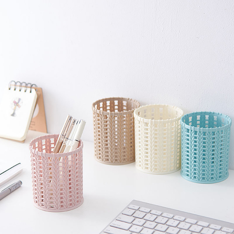 Cute Imitation Rattan Plastic Pen Container Simple Pure Color Hollow Desktop Pencil Case Stationery Pen Holder Kawaii