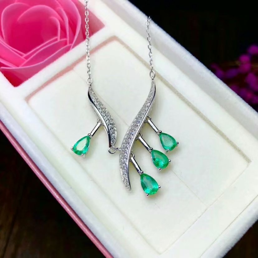 SHILOVEM 925 sterling silver real Natural Emerald Pendants classic fine Jewelry women wedding wholesale new 4 6 yhz040609agml in Pendants from Jewelry Accessories