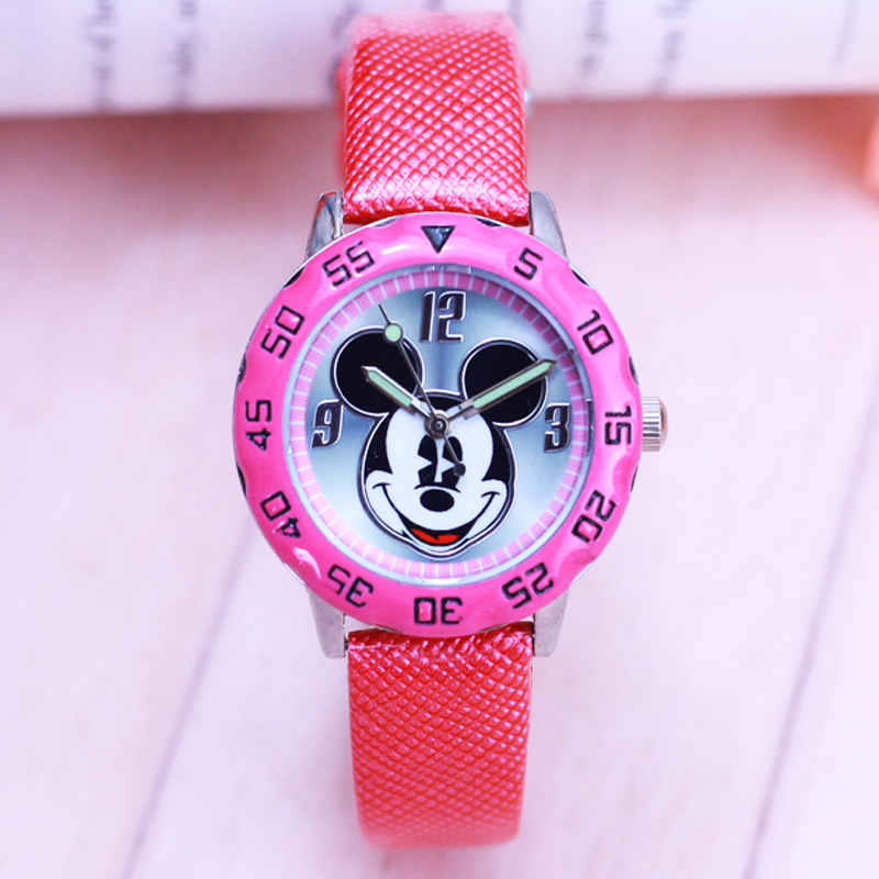 Watches New 2018 Fashion Cool Mickey Cartoon Watch For Children Girls Leather Digital Watches For Kids Boys Christmas Gift Wristwatch