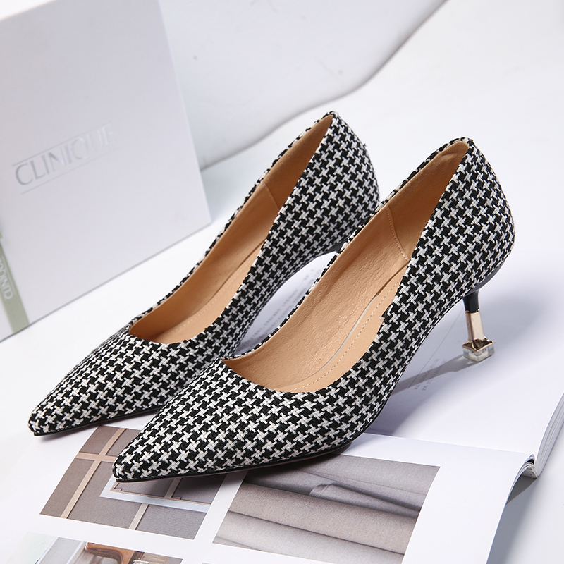 2018Spring And Autumn New Small Fragrance Pointed Woman High Heel Black And White Plaid Shoes Sweet Sexy High-Heeled Dress Shoes plaid fit and flare dress