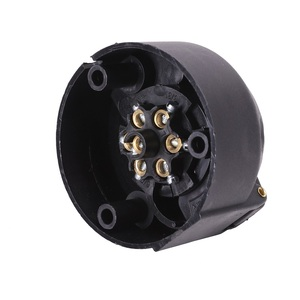 Image 5 - 12 v 7 pin remolque enchufe macho adaptador conector 7 way core camión rv coche accesorio camión hembra toma de plástico remolque eléctrico