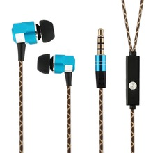 Aluminum Casing Earphones with microphone High Stereo Audio Sound With Strong Bass for smartphone Blue color with snake cable