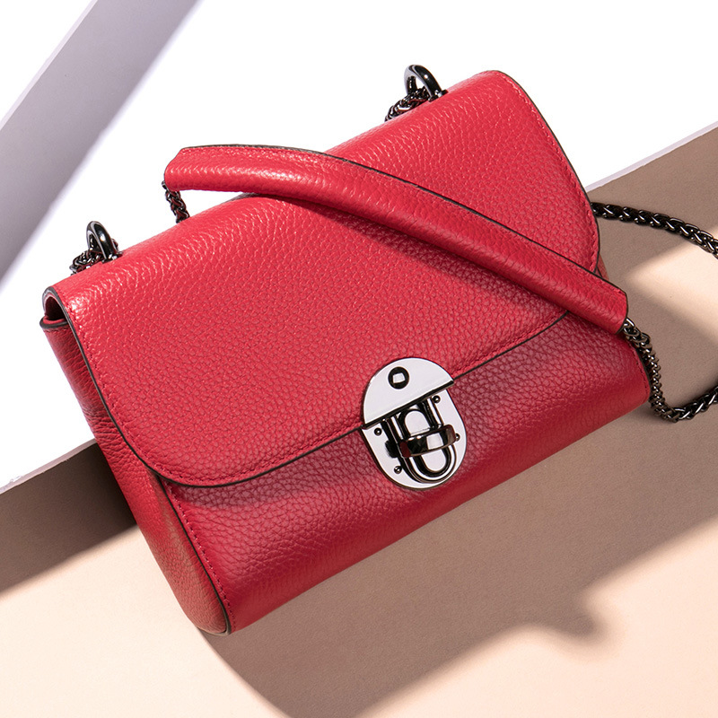 цена на New ladies chain small square package Europe and the United States fashion diagonal shoulder bag ladies leather bag