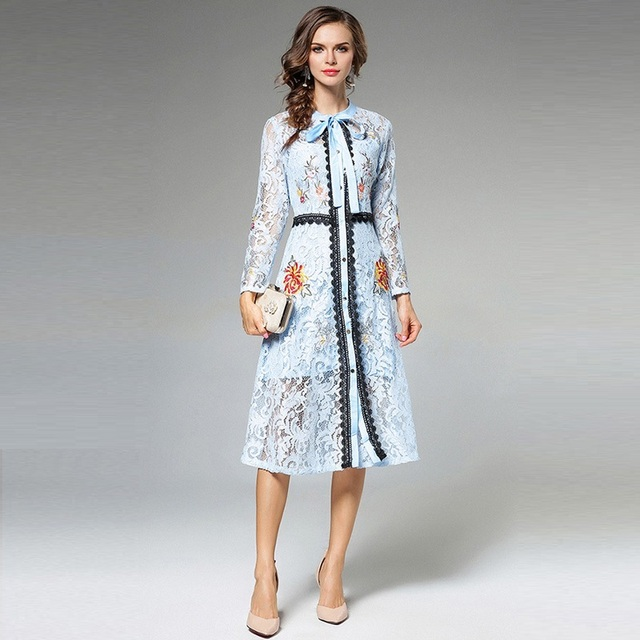 c5a5bffa900b 2018 Spring Women Long Sleeve Mid Dress Fashion Vintage Black   PINK   BLUE  Lace Embroidery