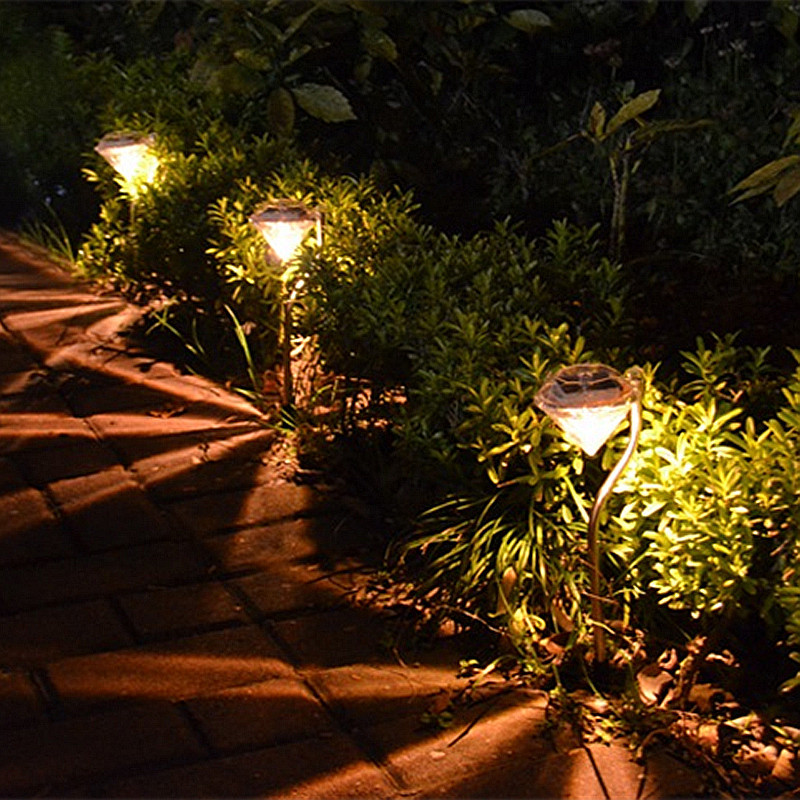 Diamond Solar Garden Lights