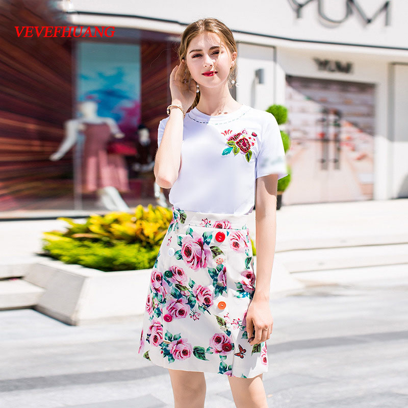 VEVEFHUANG Summer New Designer Women Skirt Suit Plant Embroidery Beading T-shirt + Flower Printing Crystal Button Mini Skirt