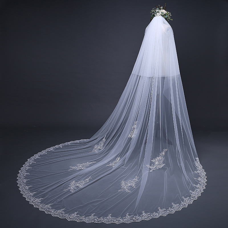 Luxury Lace Edge Two-Layer Sequins Beaded Chapel Wedding Veil Lace Bridal Veils With Comb