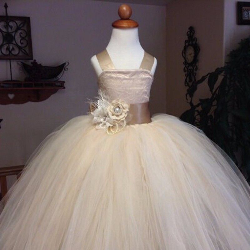 Vintage Lace Rustic Champagne Flower Girl Dresses Spaghetti Straps Fluffy Tulle Ball Gown Pageant Drees Weddings Evening Party