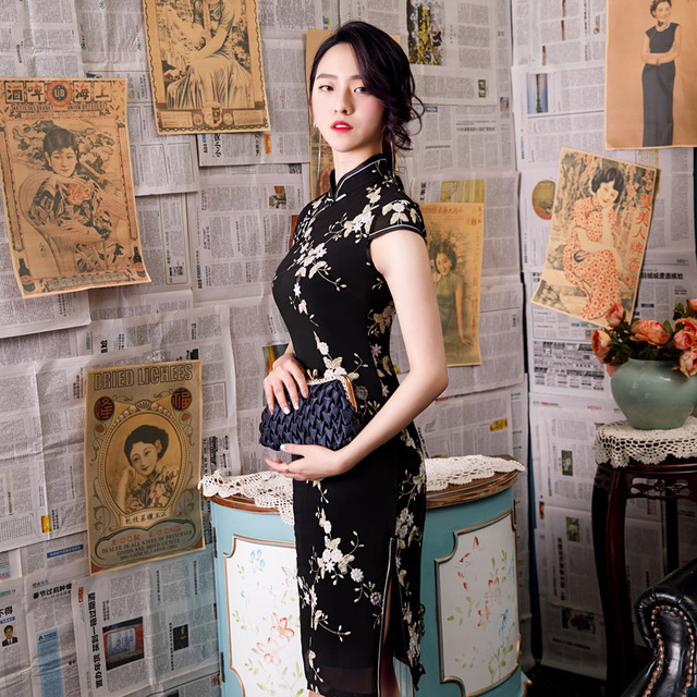สีดำ Novelty เย็บปักถักร้อยลูกไม้เข่าความยาว Slim สุภาพสตรี Cheongsam สไตล์จีนเวทีแสดง Elegant CLASSIC Qipao M 3XL