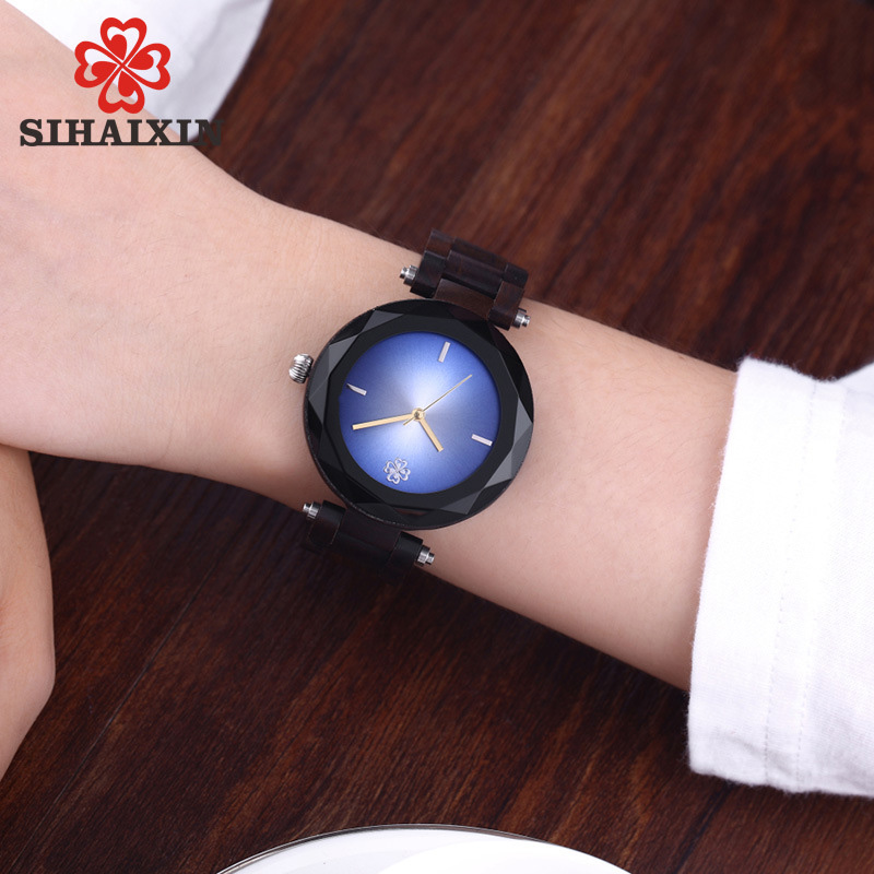 Sapphire-glass-wooden-watch-women-black