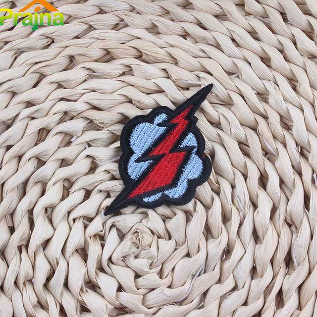 Hot Sale Cheap Embroidery Lightning Patch Badges For Clothes