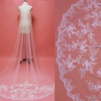 Beautiful Sparkling Sequins Lace Appliques Long Bridal Veil with Comb One Layer Cathedral Veil Wedding Accessories