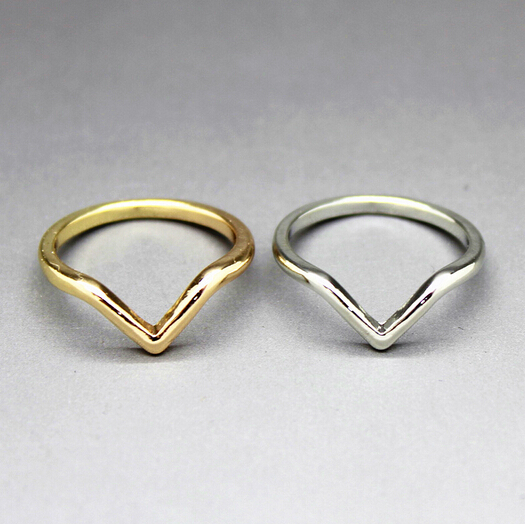 Timlee free shipping r134 new vintage triangle arrow for Jewelry storm arrow ring