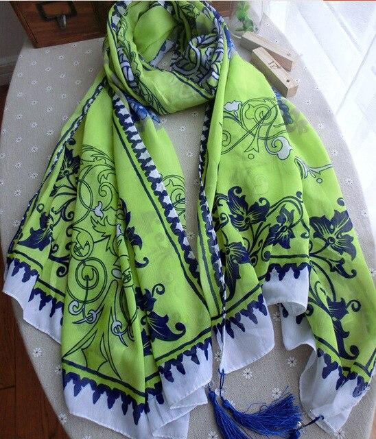 Осень новый оригинальный сингл-ретро синий и белый хлопок флуоресценции на основе бахромой шарфы женщин шарфы оптовая продажа производители
