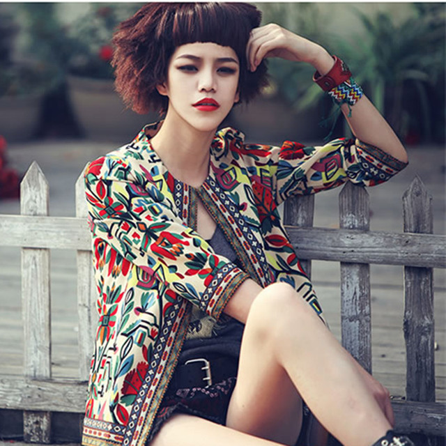2016 Nueva Primavera Mujeres de la Chaqueta de Alta Calidad Delgada Chaquetas Tops Plus Size Escudo Moda Vintage Étnico Bordado Slim Fit Plus tamaño