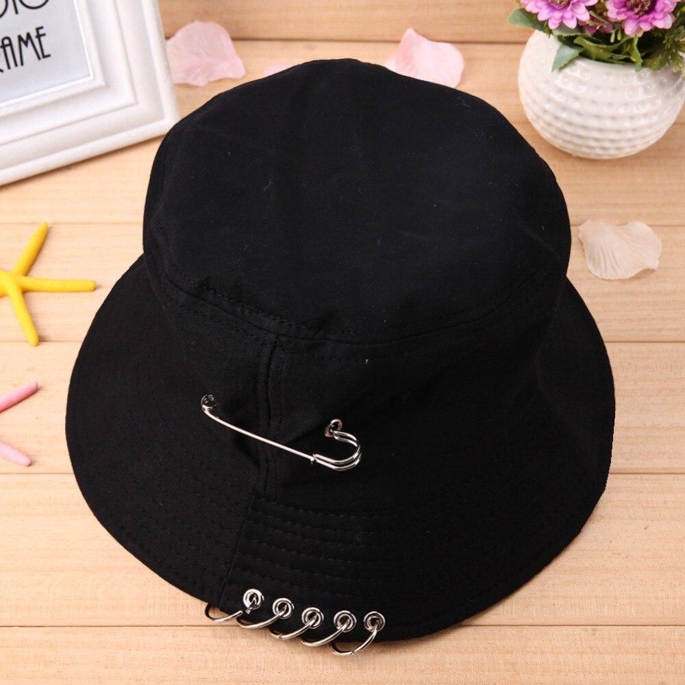 Baru Warna Solid Unisex Keren Pin Besi Cincin Kepribadian Ember Hat Topi  Lipat Topi Berburu Memancing Kolam Cap di Keranjang dari Aksesoris Pakaian  ... a8de8405fc