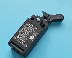 Darmowa wysyłka 100% nowy D4N-4A72 akcesoria do wind/bufor przełącznik/przełącznik podróży czujnik