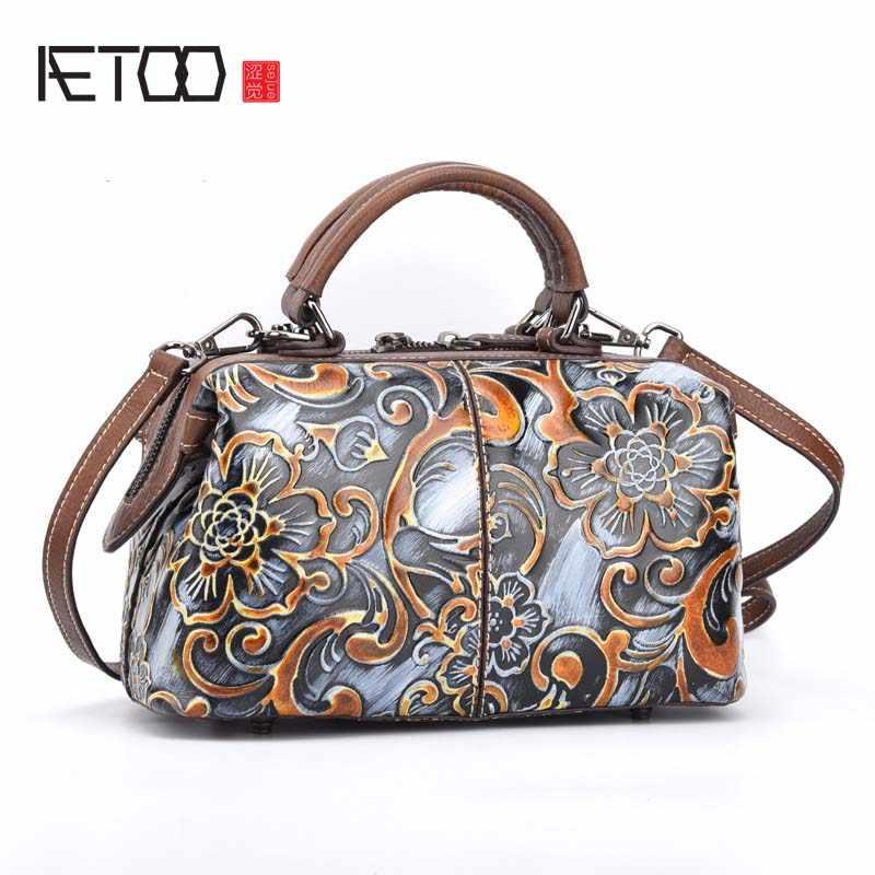 0fbc29cc2b10 AETOO Ретро мотоциклетная сумка на плечо женская сумка Модная элегантная  сумка из тисненой кожи