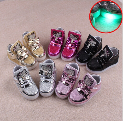Children Casual Shoes 2017 LED Lights girls boys Child SportShoes Rhinestone Spring And Autumn Baby Sneakers Size 21-30