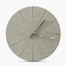 Modern Minimalist Pine Wood Wall Clock Advanced Vogue Exquisite Artistic Delicacy European Circular Silently Home Decor Clock