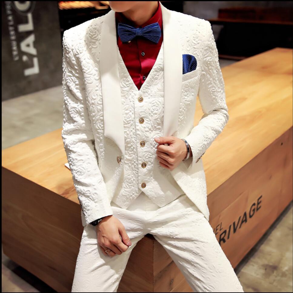 2020 New Nightclub Singer Stage Costumes Men White Applique Suit Male Slim Suit Ceremonial Banquet Wedding Formal Suits Dress