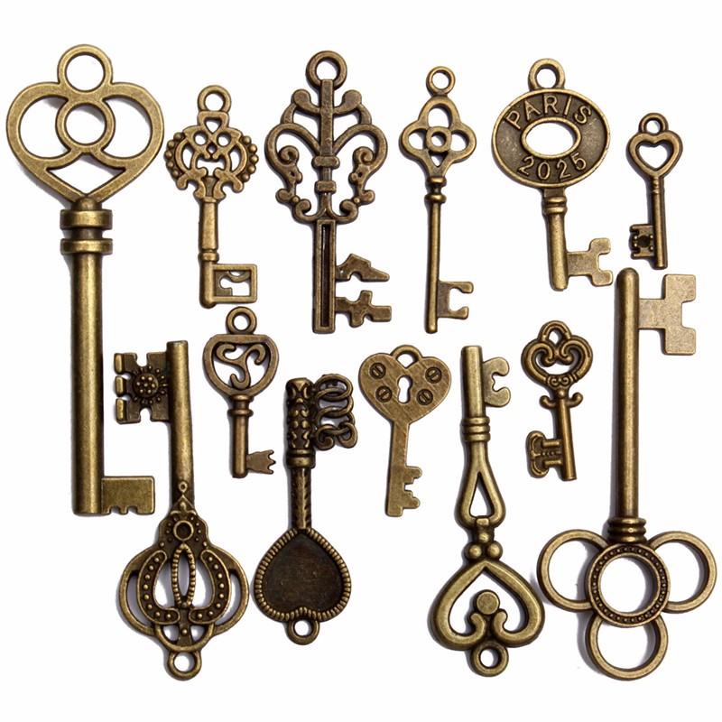 Hot Selling 13pcs DIY Antique vintage Old Look Key Lot Pendant Heart Bow Lock Steampunk Jewel For Home Metal Crafts Decor