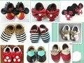Novo bonito de Couro Genuíno mocassins Borla Arco sapatos de Bebê Da Criança Do Bebê Primeiros Caminhantes dot ouvido Macio com solado de Sapatos