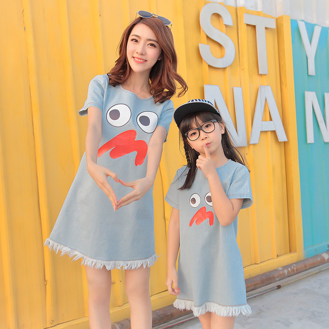 2016 mother daughter matching dresses summer style mommy and me clothes women cartoon blue denim patchwork casual loose dress