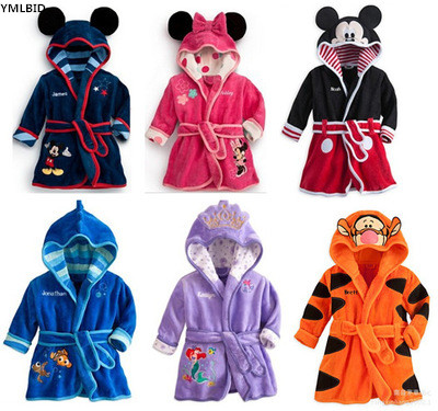 YMLBID 2017 Baby Bathrobe Kids Pajamas Mickey Minnie bath Robe Baby Homewear Boys Girls Hooded Robe Cartoon Clothes