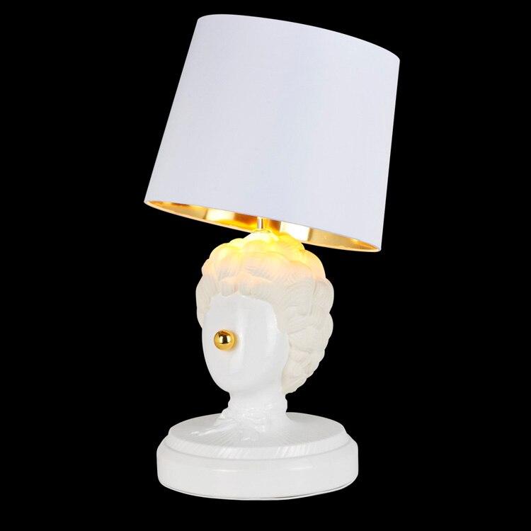 Lampe de table décorative moderne clown créative argile blanche art chambre lampe de chevet bar café magasin lampes de bureau lumière blanche ZA9065