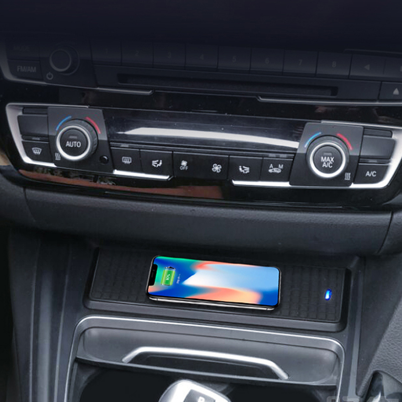 Car charger QI wireless custodia di ricarica veloce pannello di ricarica del telefono del supporto per BMW 3 Serie F30 F34 320i 325i 328i per iPhone 8 X
