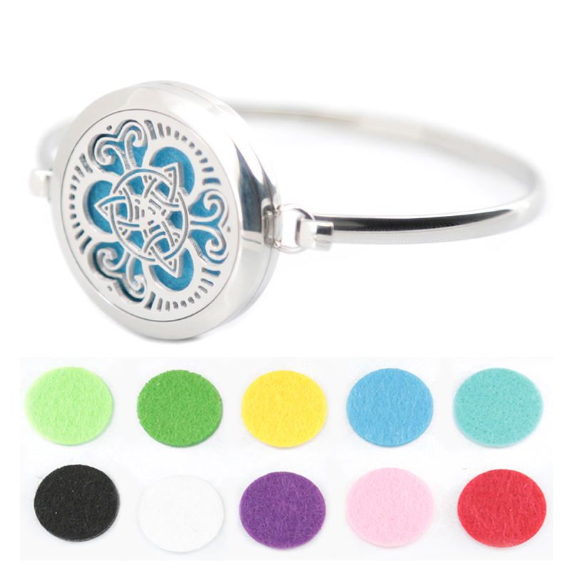 New design 5pcs adopt Aromatherapy / 316L s.steel Essential Oils Diffuser Locket bangle 7-8wrist and 20pcs felt pads