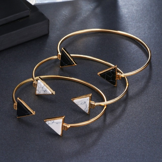Black/White Geometric Triangle Open Bracelet