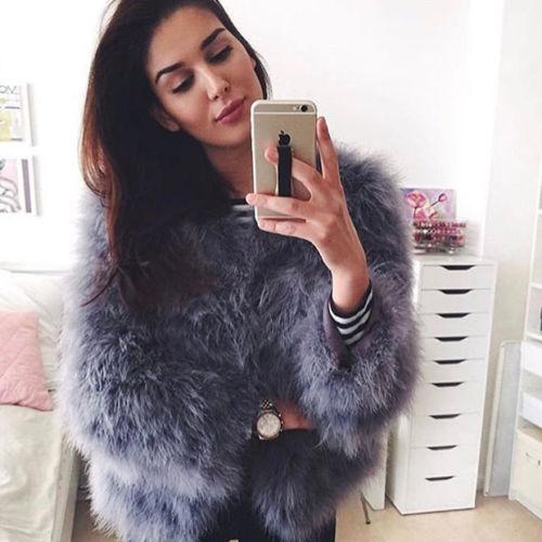 100% vestes de fourrure de fièvre de plume moelleuse faites à la main tricoté véritable manteau de fourrure d'autruche femmes vente au détail en gros gris fourrure moelleuse fièvre