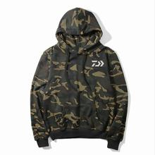 2019 DAIWA Males's Spring Autumn Fishing Jackets Windbreaker Outside Camouflage Fishing Clothes Hooded Fleece DAWA Fishing Hooded