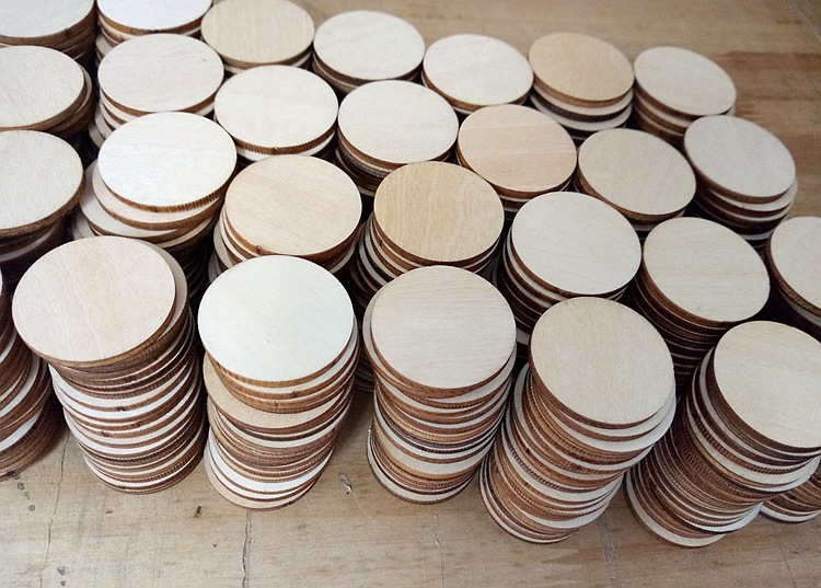 50pcs 5cm Round Wood Chips DIY Wooden Craft Wedding Decoration Decoration for Home Party Supply DIY Kids Toys