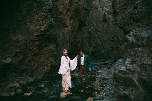 Intimate-Southwest-Colorado-Wedding-in-the-Mountains-Lauren-Parker-Photography-39-600x400