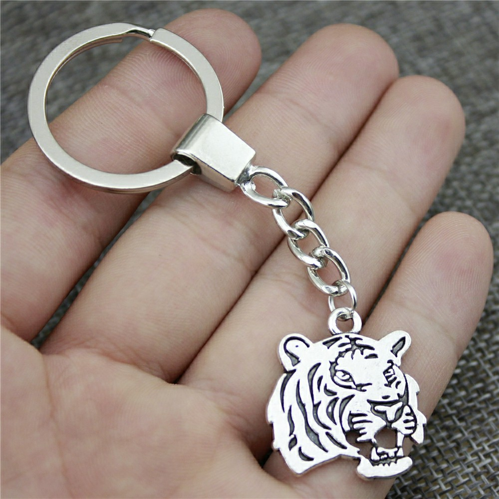 27x24mm Tiger Keychain 2 Colors Antique Bronze Antique Silver Color Fashion Handmade Keychain Party Gift Jewelry Dropshipping