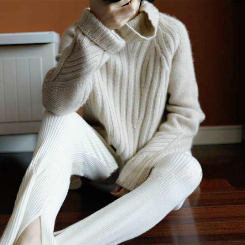 BELIARST Autumn and Winter Thick High Collar Pullovers Women Loose and Lightweight Cashmere Bat Sleeves Knitted Bottom Sweaters