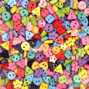 suoja 100/300pcs/lot Assorted Colors Shapes Tiny 6MM Resin Button 2 Holes Sewing Craft